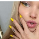 dovecameron_20200917_10.png