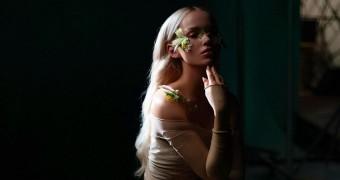 Dove Cameron anuncia nova música para a próxima sexta-feira